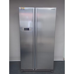 Samsung Side by side Frost Free 600 L