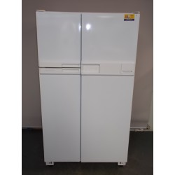 Kelvinator Side by side  630 L
