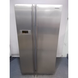 Samsung Side by side Frost Free 640 L