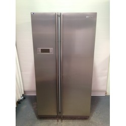Samsung Side by side Frost Free 640L
