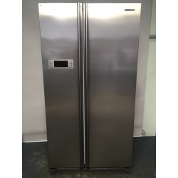 Samsung Side by side Frost Free 600L